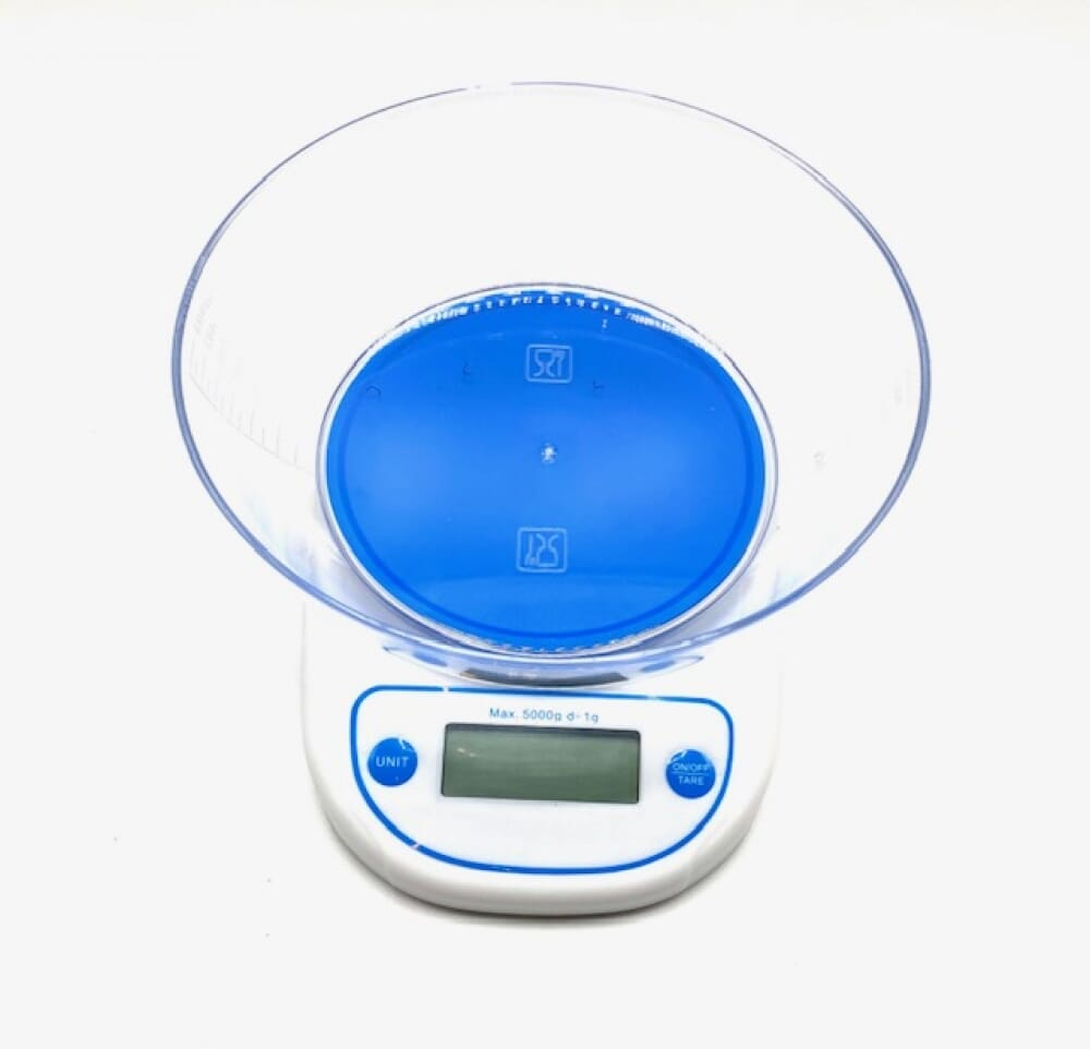 Digital scales with bowl